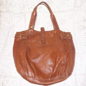 Lucky Italian leather lrg purse EUC